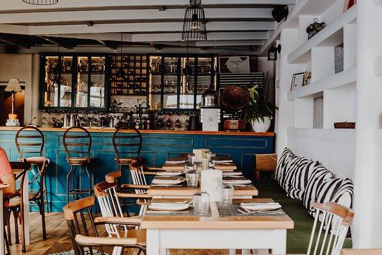 Fino Restaurant & Cocktails